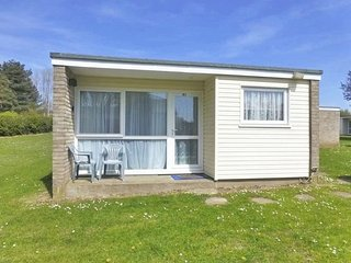 Superior Chalet 41 Burmuda Site Hemsby, Great Yarmouth, Norfolk Broads - Hemsby vacation rentals