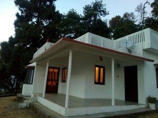 Comfortable Bungalow with Parking Space and Television - Bhimtal vacation rentals