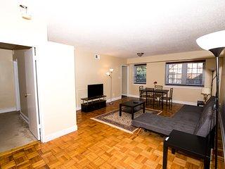 COZY 1Bedroom apt. Near Metro, 4people, Next to Washington DC - Arlington vacation rentals
