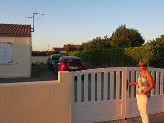 calm modern 3 pièces terrasse jardin parking clos - Andilly vacation rentals
