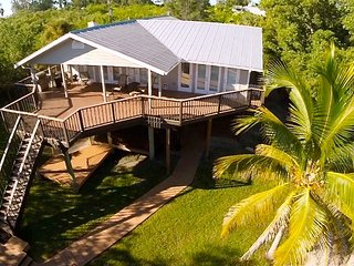 Bayfront Retreat: Luxurious Enclave, Private Dock, Great Family Vacation Home! - Placida vacation rentals