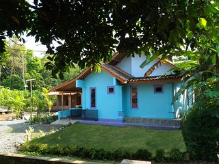 homestay casa java borobudur hotel guest house - Borobudur vacation rentals