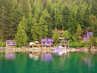 Waterfront Cabin & Cottage Rental 4km boat ride from  from Harrison Hot Springs - Harrison Hot Springs vacation rentals