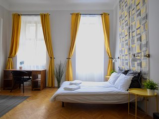 Hi5 Apartment 02 - Budapest vacation rentals