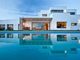 Beautiful, Modern, 6 Bedroom Villa, Sleeps 14 in San Rafael, Ibiza - San Rafael vacation rentals