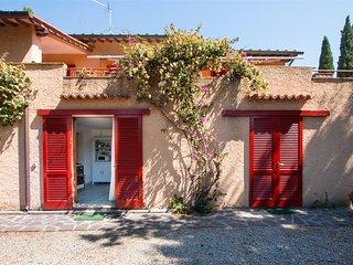 Villa Giol? 200 m. from the beach Appartamento Corallo - Portoferraio vacation rentals