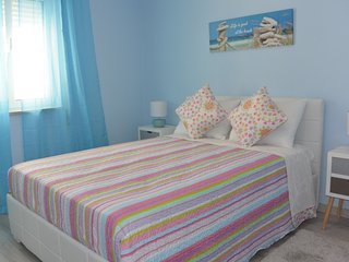 Fabulous centrally located apartment - Carvoeiro vacation rentals