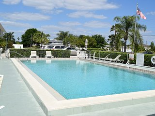 Deep Creek Townhouse In Paradise - Port Charlotte vacation rentals