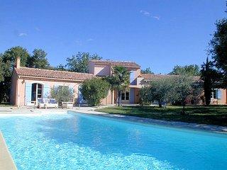 Luxury Villa 8p. Mazan Vaucluse, heated pool - Mazan vacation rentals