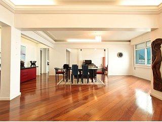 LUXURY BEACH FRONT C11-001 C11-001 - Rio de Janeiro vacation rentals