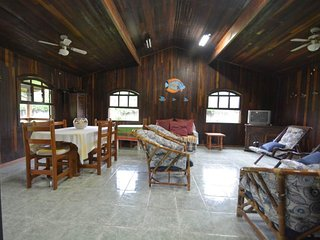 Nice House with Mountain Views and Parking - Caraguatatuba vacation rentals