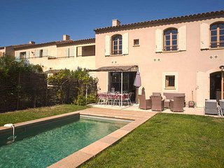 Les Jardins St Benoit, luxury villa with pool sleeps 8 - Saint-Laurent-de-la-Cabrerisse vacation rentals