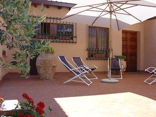 Luxury Villa with Pool close to Assisi (LA CASA DELLA GINESTRA) - Bettona vacation rentals