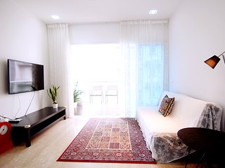 COZY and COMFY 3 BEDROOM HOME at CITY - Singapore vacation rentals