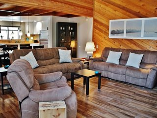 Updated Pet Friendly Unit In Desirable Snow Flower Complex! - Listing #367 - Mammoth Lakes vacation rentals