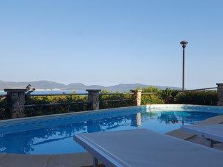 villa con piscina e panorama sulle dune PORTO PINO - Porto Pino vacation rentals