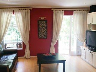 Cozy 2 bedroom Newlands Condo with Internet Access - Newlands vacation rentals