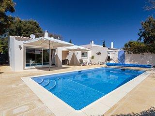 Renovated two bedroom villa in walking distance of Carvoeiro - Carvoeiro vacation rentals