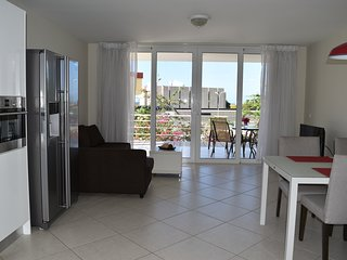 Royal Palm Resor. Charming 1Br apartment available Long term Rental - Dorp Sint Michiel vacation rentals