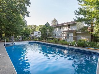 Comfortable House with Internet Access and A/C - Saratoga Springs vacation rentals