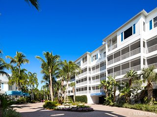 THE PENTHOUSE AT SOLEIL PLACE - Marco Island vacation rentals
