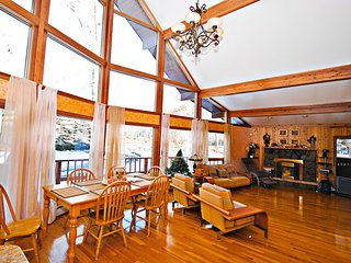 Elegance at Lake Wallenpaupack - Lake Wallenpaupack vacation rentals