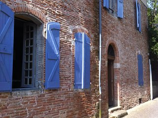 Nice Bed and Breakfast with Deck and Microwave - Saint-Sulpice vacation rentals