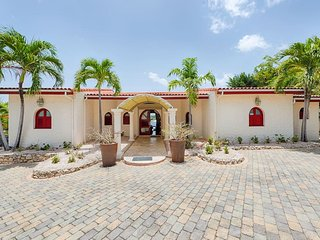 3 Bedroom 3.5 Bathrooms Vacation Villa - Lagoon Views - Private Pool - Maho vacation rentals