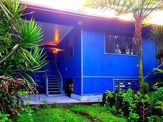 Nice 2 bedroom House in Keaau - Keaau vacation rentals