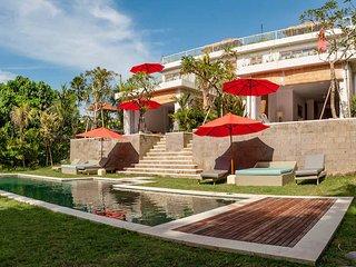 Laid back luxury at Kedungu Beach - Rice terrace side - Kediri vacation rentals