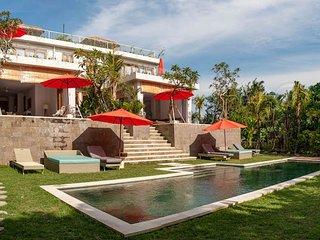 Laid back luxury at Kedungu Beach - Ocean side - Kediri vacation rentals