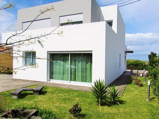 Nice 1 bedroom Bed and Breakfast in Ponta Delgada - Ponta Delgada vacation rentals