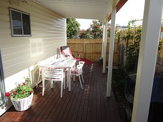 Lovely 1 bedroom Lodge in Sawtell - Sawtell vacation rentals