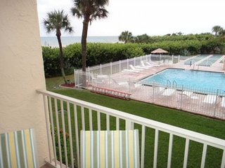 Cozy 2 bedroom Condo in Cape Canaveral - Cape Canaveral vacation rentals