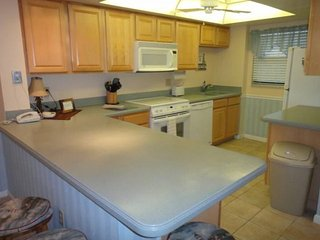 7520 Ridgewood Ave Unit #307 :: Cape Canaveral Vacation Rental - Cape Canaveral vacation rentals