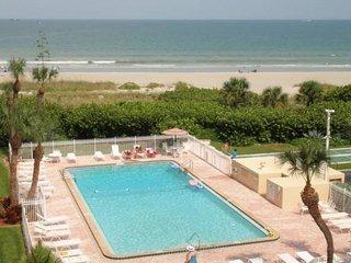 Cozy 2 bedroom Condo in Cape Canaveral - Cape Canaveral vacation rentals