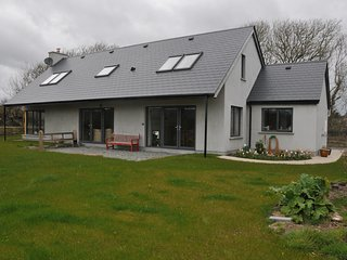 Detached 4 bedroomed property, close to Beach and village - Rosscarbery vacation rentals
