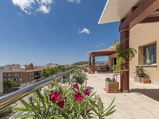 Penthouse in Puerto Pollensa, sea view and large pool - Port de Pollenca vacation rentals