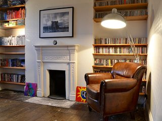 Charming Cottage with Parking and Wireless Internet - Beckenham vacation rentals