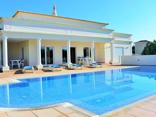 Beautiful 4 bedroom villa - Carvoeiro vacation rentals