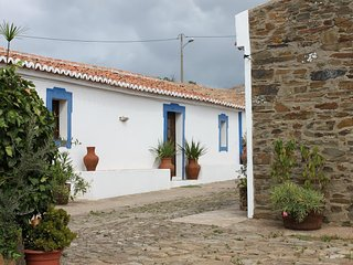 Cozy 2 bedroom Curvatos House with Shared Outdoor Pool - Curvatos vacation rentals