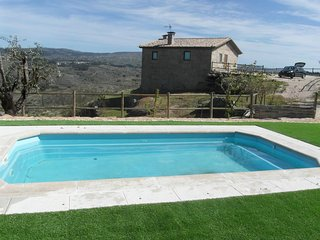 3 bedroom House with Shared Outdoor Pool in Vinho - Vinho vacation rentals