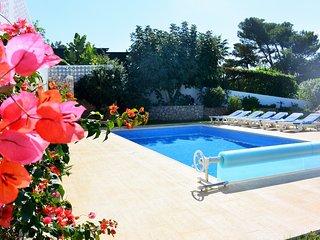 6 Bedroom villa in walking distance to Carvoeiro with pool table - Carvoeiro vacation rentals