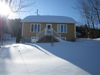 Cozy 2 bedroom Villa in La Malbaie - La Malbaie vacation rentals