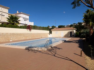Pueblo Gran Sol CALPE Sleeps 6 A/C  Communal Pool - Calpe vacation rentals