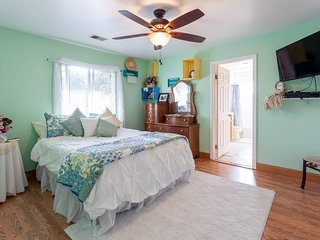 beautiful master suite w/private full bath minutes from beach 2dults 1 child - Arroyo Grande vacation rentals
