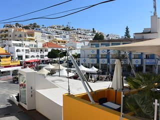 Apartment in centre of Carvoeiro just steps to the beach - Carvoeiro vacation rentals