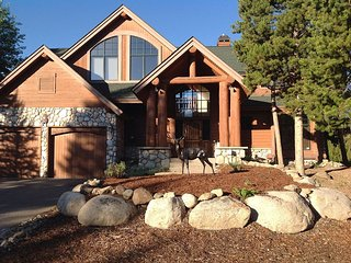 Luxury Private Log Home on 8th Tee of Keystone's River Golf Course - Keystone vacation rentals