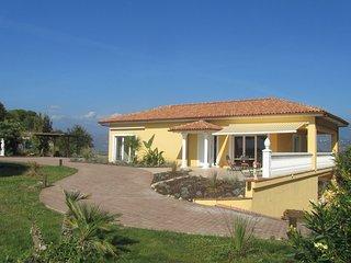 Lovely 1 bedroom Villa in Camporosso - Camporosso vacation rentals