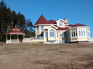 Nice House with Deck and Internet Access - Deer Island vacation rentals